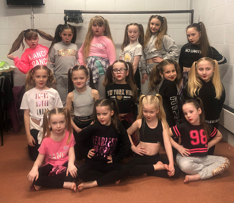 windmill-hill-school-dance-club-performing-at-the-brindley-theatre-1